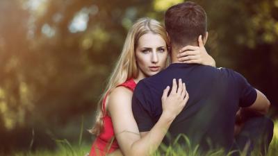 Radite li i vi ove pogreške u početku veze?