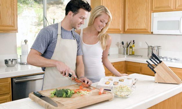 Moderni muškarci zavode kuhanjem