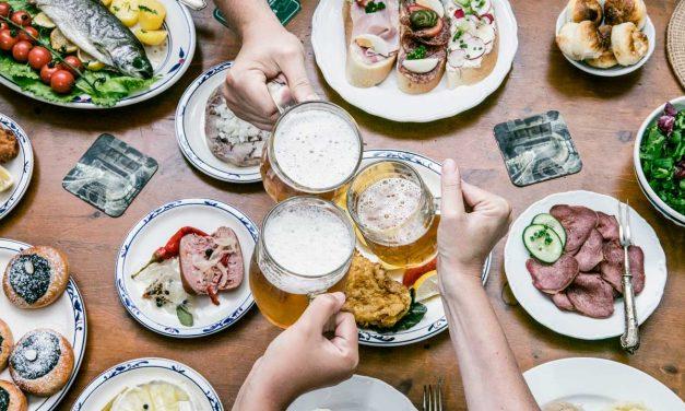 Zašto je dobro piti pivo uz obrok